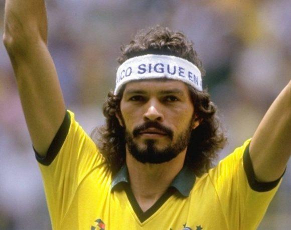 Socrates : footballeur et philosophe / Spécial le foot est populaire !